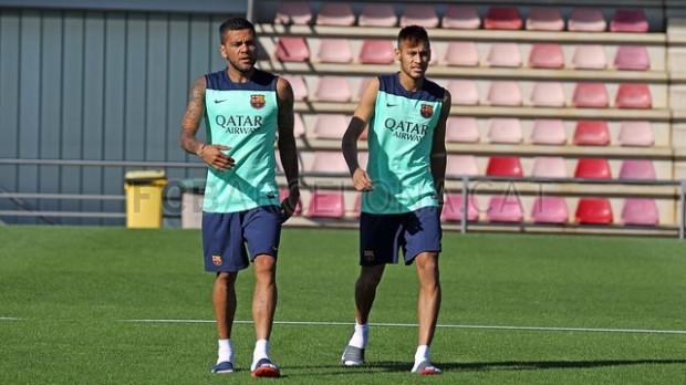 Neymar po raz pierwszy trenował w poniedziałek w Barcelonie. We wtorek przyleci z katalońską ekipą do Gdańska.
