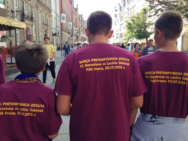 Koszulki przygotowane na mecz Lechia-Barcelona 20 lipca.