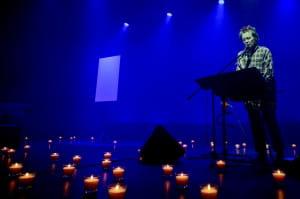 Wydarzeniem o randze ogólnopolskiej i jedną z najbardziej prestiżowych i ważnych imprez kulturalnych w Sopocie w ostatnich latach był performance amerykańskiej awangardzistki Laurie Anderson.