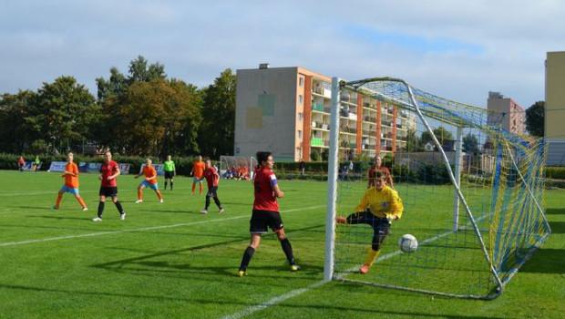 Trójmiejskie piłkarki udanie rozpoczęły sezon. Zarówno Sztorm AWFiS jak i Checz plasują się w czołowej trójce tabeli I ligi.