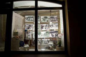 ...oraz wystawy w witrynach sklepów. Nz. archiwalne zdjęcia z Długich Ogrodów.