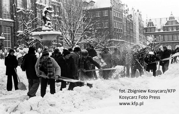 Podczas zimy 1978/79 do odśnieżania ruszyli mieszkańcy całego Trójmiasta.