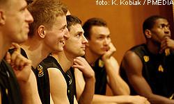 Koszykarze Trefla w sali konferencyjnej