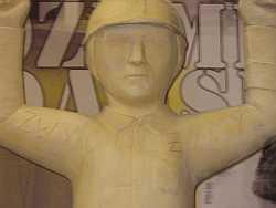 Zamiast Lenina będzie rzeźba robotnika.