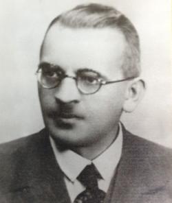 Władysław Pniewski był nauczycielem Gimnazjum Polskiego w Wolnym Mieście Gdańsku.