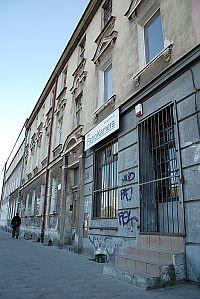 Dokumenty znaleziono w kamienicy przy al. Grunwaldzkiej we Wrzeszczu.
