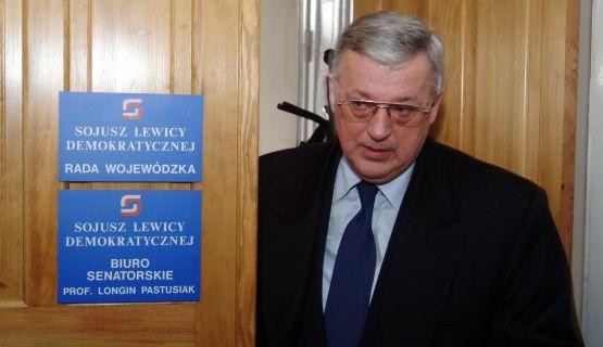 Jerzy Jędykiewicz zawiesił swoje członkostwo w SLD w 2004 roku. Teraz wraca do partii i do polityki.