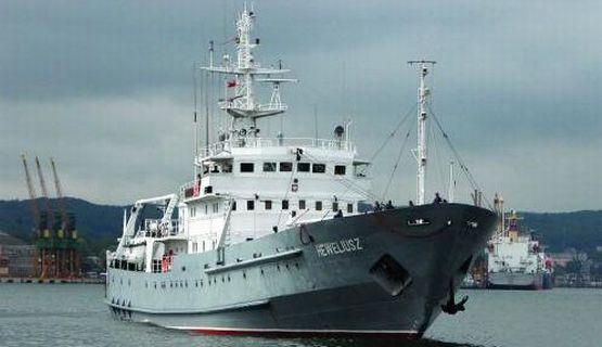 ORP Heweliusz spędzi na Morzu Północnym tydzień na poszukiwaniach wraku legendarnego okrętu podwodnego ORP Orzeł.