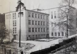Budynek II LO przy ul. Wolności.