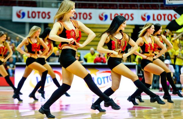 Podczas występu w USA sopockie cheerleaders zaprezentują się m.in. w strojach z motywami ludowymi.