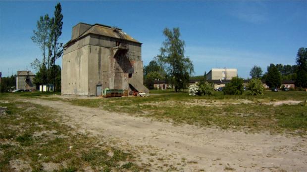 Na terenie portu Marynarki Wojennej wyburzony zostanie budynek wraz z podziemnym schronem. Nie wiadomo jak wygląda, bowiem znajduje się na pilnie strzeżonym terenie należącym do Formozy.