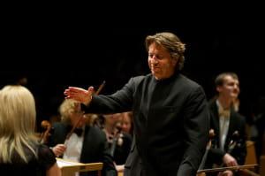 Ernst van Tiel był największą gwiazdą czwartkowego koncertu. Urzekł temperamentem oraz ciekawymi interpretacjami.