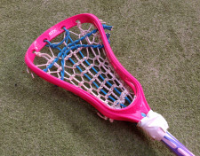 Rakieta do żeńskiego lacrosse.