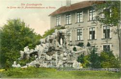 W 1905 r. na terenie szpitalnego ogrodu stanęła grota wzorowana na tej z Lourdes.