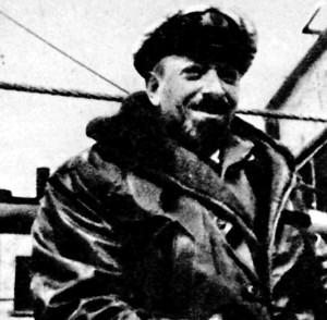 """Kapitan Bronisław Hurko. Dowodził """"Tobrukiem"""" podczas rejsu w konwoju PQ-13."""