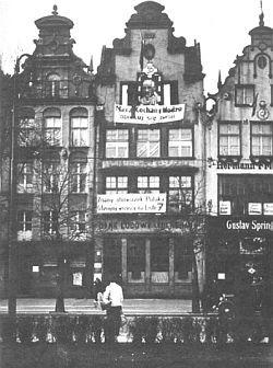 Dawna siedziba Banku Ludowego przy Targu Drzewnym została zniszczona podczas wojny.