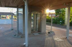 Prace uwzględniały też wykonanie windy, której dotychczas był pozbawiony ten przystanek kolejowy.