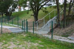 Tak ogrodzenie między osiedlami wyglądało pod koniec lipca ub. r.