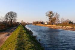 Orunia posiada spory potencjał do rozwijania rekreacji nad wodą. Nz. Motława.