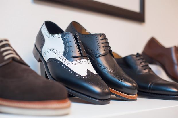 37b16648 Prawdziwego dżentelmena można poznać po butach