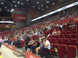 Podczas pierwszego meczu na trybunach Ergo Areny zasiadło 4,5 tys. kibiców.