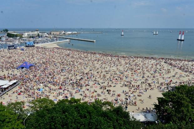 Tłumy turystów na Mistrzostwach Świata Red Bull Air Race w Gdyni, przełożyły się na zyski dla hotelarzy i restauratorów.