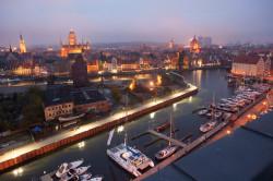 Tak wygląda Gdańsk z Champagne Tarasu.