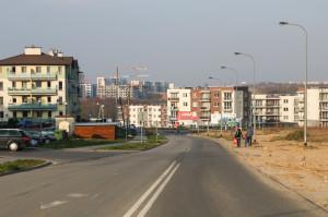 Nowe osiedla w rejonie ul. Czermińskiego, w bliskim sąsiedztwie planowanego zakończenia trasy tramwajowej przez ul. Nową Jabłoniową i Przywidzką.