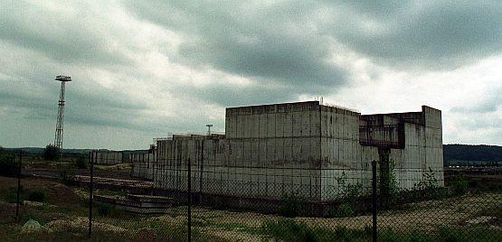 Elektrownie najprawdopodobniej staną na Pomorzu. Ostateczną decyzję w tej sprawie podejmie do końca roku rząd. Nz. niedokończone instalacje elektrowni atomowej w Żarnowcu.