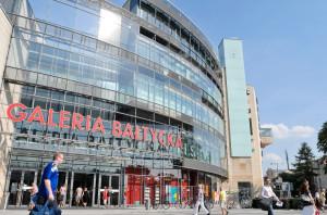 O dopływ klientów spokojni są także przedstawiciele Galerii Bałtyckiej, choć o odwiedzających z Gdyni powoli można zapomnieć.