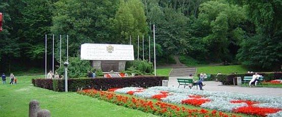 Gdyńscy radni zgodzili się z mieszkańcami, który nie chcieli zabudowy skweru przed pomnikiem harcerzy.
