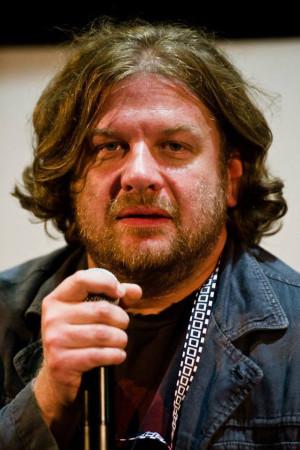 """Grzegorz Jankowski: Tymon zaśpiewał mi piosenkę """"Burdel dla psów"""", która zupełnie mnie urzekła. Rzuciłem do niego: Zróbmy musical fabularny!"""
