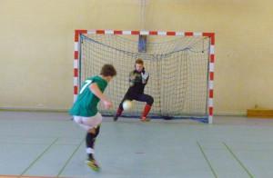Mecze w międzyszkolnej rywalizacji były bardzo zacięte. Nie zabrakło nawet rozstrzygnięcia w rzutach karnych.