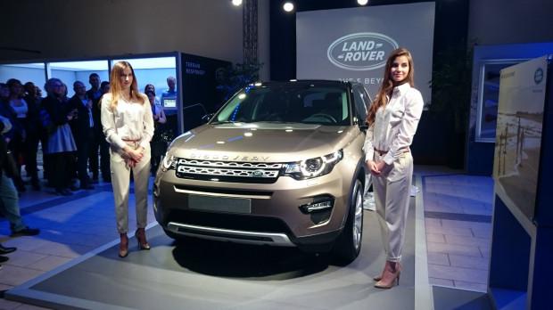 Prezentacja nowego dziecka Land Rovera w gdańskim salonie JLR.