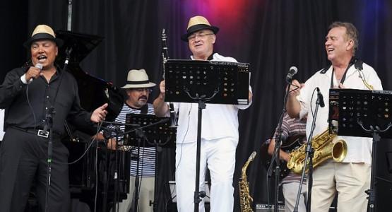 Na Sopot Molo Jazz Festival trójmiejski Detko Band wspierał kanadyjski wokalista Colin Hunter.