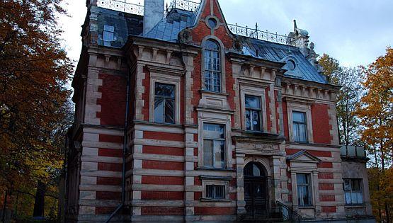 143156-Willa-Sobotki-Niegdys-siedziba-lo