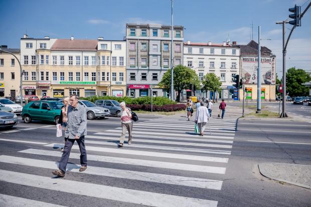 Przejście dla pieszych przez ul. Wały Jagiellońskiej przy ul. Hucisko.