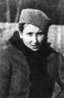 """Danuta Siedzikówna """"Inka"""" w chwili egzekucji miała 17 lat."""