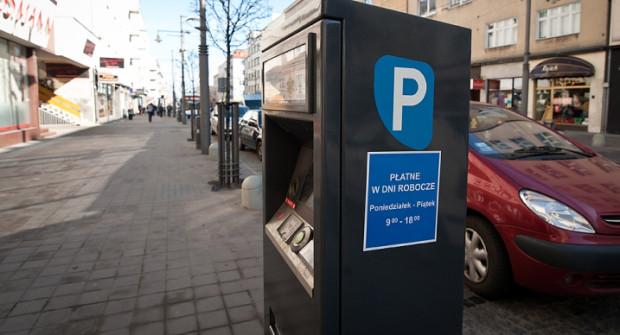 W Trójmieście po pojawieniu się rozporządzenia w oznaczeniu stref płatnego parkowania zmieniło się niewiele.
