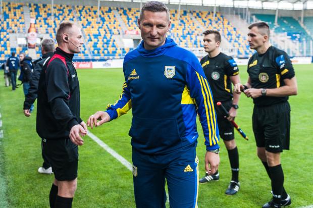Grzegorz Niciński ma powody do zadowolenia, ale też realnie ocenia poziom gry podopiecznych. Arka jest niepokonana od siedmiu kolejek, a trzy ostatnie mecze wygrała.