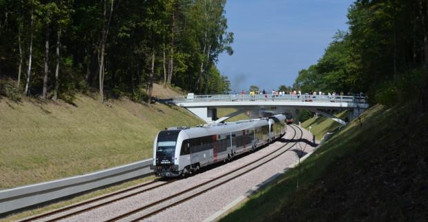 Pociągi PKM wożą pasażerów od 1 września, czyli trzy miesiące przed wyrokiem stwierdzającym legalność jej powstania.