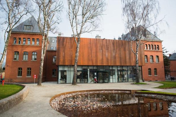 Jeden z pierwszych budynków rewitalizowanych w ramach projektu Garnizon Kultury został oddany do użytkowania w tym roku. Osiedle mieszkaniowe na terenie należącym niegdyś do wojska powstaje od 2008 roku.