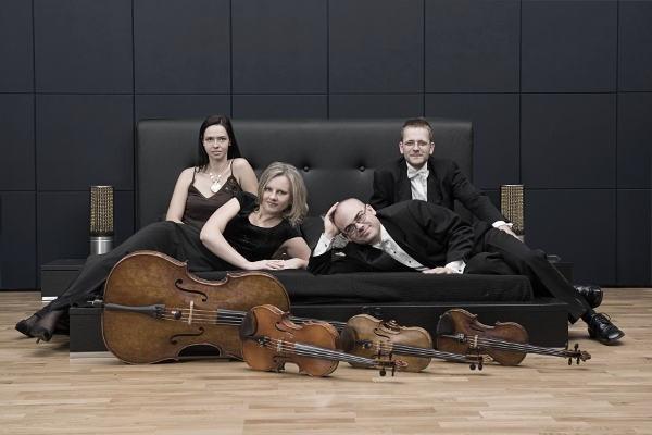 """Baltic String Quartet zagra muzykę """"chillout"""", a publiczność będzie słuchać na leżąco."""
