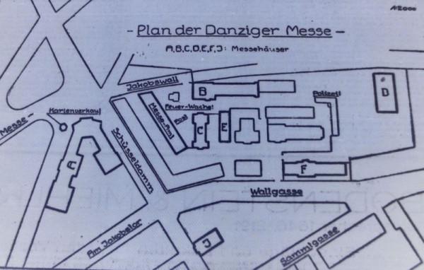 """Plan Międzynarodowych Targów Gdańskich organizowanych w lutym 1925 r. Literami oznaczone poszczególne budynki wykorzystywane na cele wystawiennicze. Nie ma jeszcze Hali """"Technika"""" - zamiast niej widać pierwotną, drewnianą halę (budynek """"D""""). Za """"Danziger Neueste Nachrichten"""", 5.02.1925"""