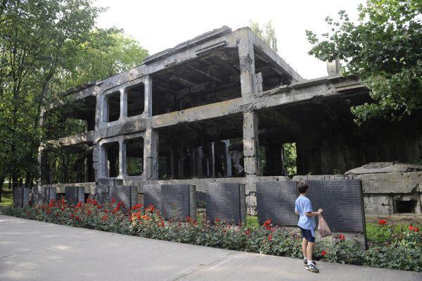 Koszary na Westerplatte: ich odbudowa może być jedną z konsekwencji utworzenia w tym miejscu Centrum Wyszkolenia Rekonstruktorów.
