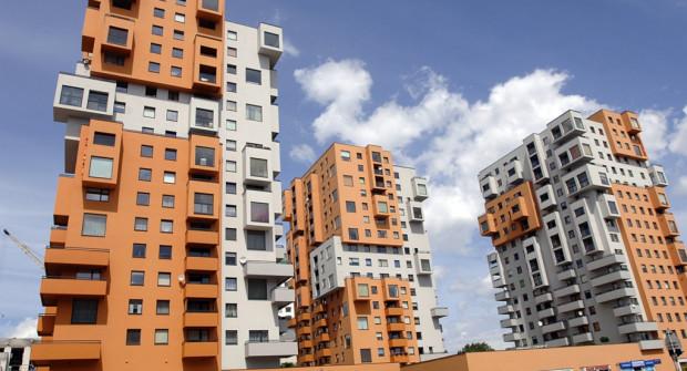 Osiedle Horyzont jest przykładem tego, jak dzięki prostym zabiegom architektonicznym, można nadać budynkom nietypowy wygląd, przyciągający oko.