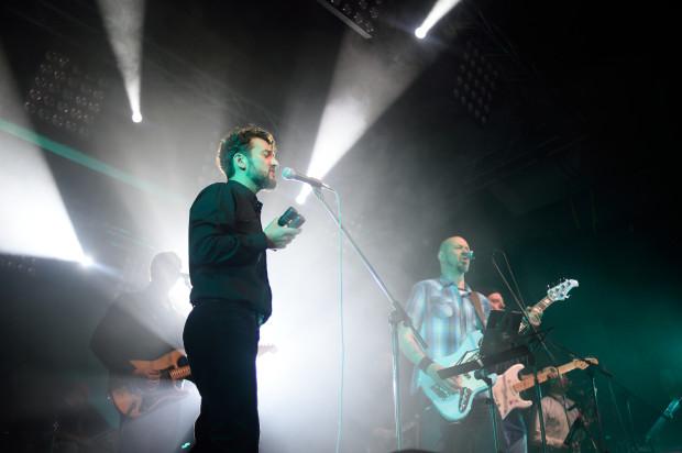 Trzynastoosobowy zespół pod kierunkiem Ola Walickiego zagrał siedem wybranych utworów nominowanych zespołów we własnych interpretacjach.