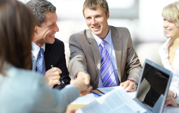 Nawet otwierając niewielką firmę warto skorzystać z porad specjalistów do spraw wizerunku.
