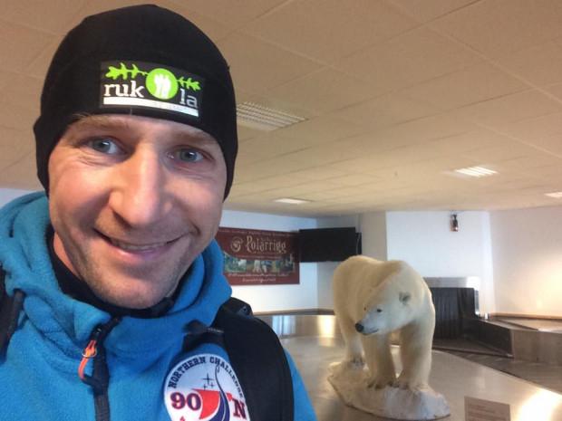 Piotr Suchenia już pakował się z powrotem do Polski odkładając start w North Pole Marathon na przyszły rok. Okazało się jednak, że będzie mógł wystartować w nim w środę.