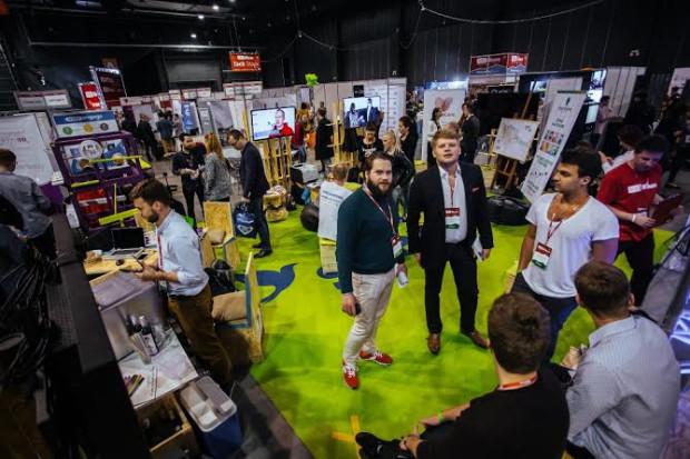 Startup Zone to centrum międzynarodowych innowacji infoShare, które łączy pomysłodawców z inwestorami.